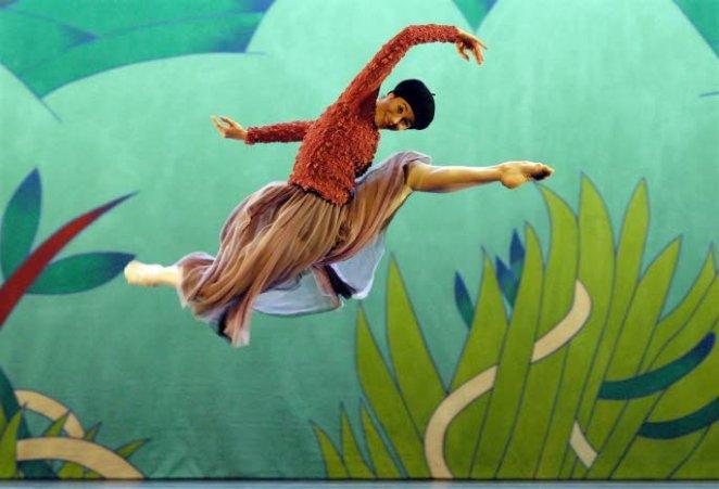 giselle-par-le-ballet-de-l-opera-de-lyon-ce-soir-et-demain-a-l-espace-malraux-photo-jean-pierre-maurin
