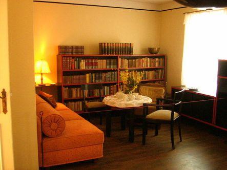640px-Hans-Fallada-Haus-in-Carwitz-14-02-2009-46